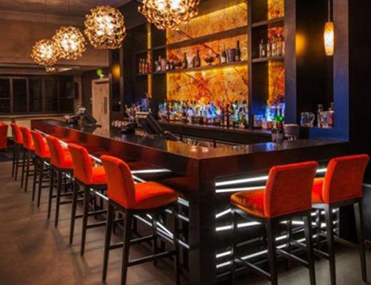 Pub poker in brighton venetian casino las vegas shows
